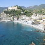390px-Monterosso_al_Mare-panorama-convento_dei_cappuccini2-flickr
